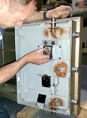 Strong Room Door Repairing & Maintenance Services