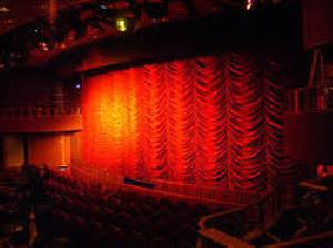 Round Vertical Stage Curtain
