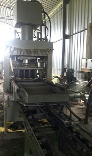 Hydraulic Press Fly Ash Brick Making Machine