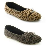 handcrafted ladies footwear