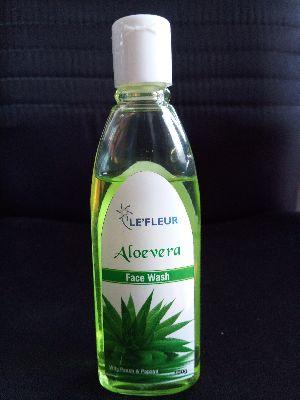 Le'fleur Aloevera Face Wash
