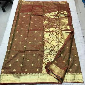 Soft Pattu Silk Sarees With Weaving Zari Work