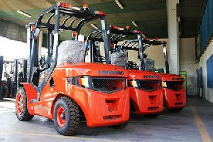 Forklifts And Telehandlers