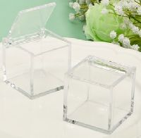 Clear Acrylic Hinged Top Box