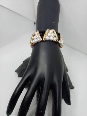 Black Crystal Pearl Bracelets