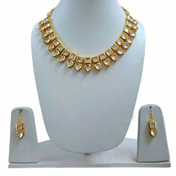 92f7ea70f8667 Kundan Jewelry - Manufacturers, Suppliers & Exporters in India