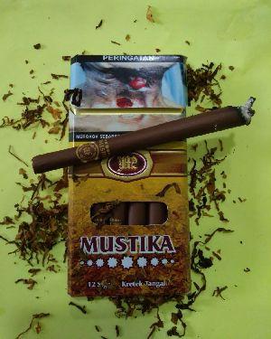 Mustika Clove Cigar