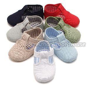 Kids Shoes 02