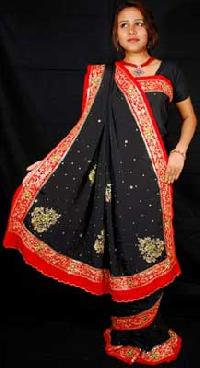 Ladies Embroidered Saree(ess143_rss2195)