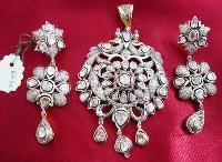 Diamond Polki Pendant Set (1074)