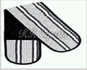 Double Oven Mitts 01