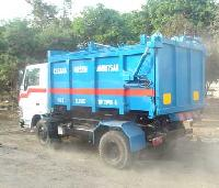 Close Top Tipper Truck