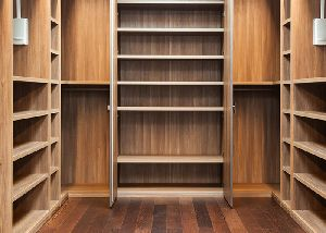Gurjan Plywood