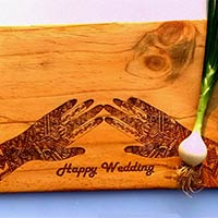 Wooden Chopping Board With Mehandi Design