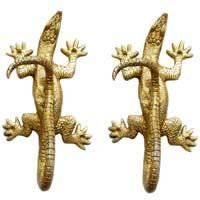 lizard door fitting for your door decoration