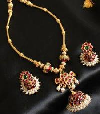 Antique Fashion Jewellery