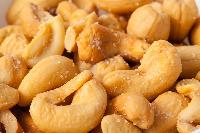 Roasted Cashews And Salted Cashews