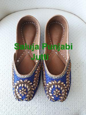 Ladies Comfortable Shoes