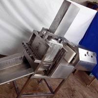 Pneumetic Pannier Cube Cutting Machine