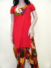 Red Patiala Salwar Suit