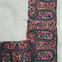 40 80 four side embroidered woollen shawls