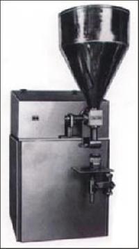 Cream Filling Machine