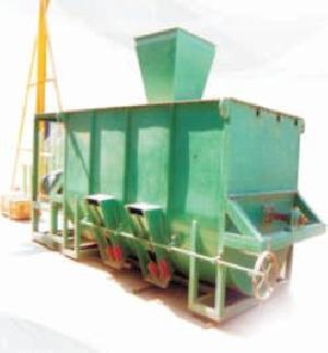 Cattle Feed Mixing Machine 01