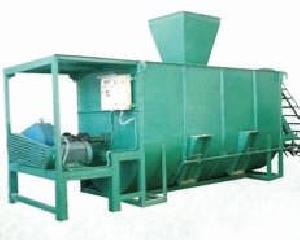 Cattle Feed Mixing Machine 02
