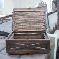 Antique Box FATB-13