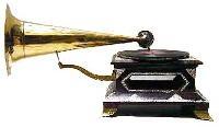 4-Corner HMV Long Horn Gramophones
