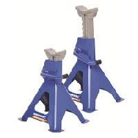 Ratcheting Axle Stands