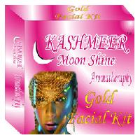 Kashmeer Moonshine Gold Facial Kit