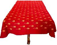 table cover red six seater
