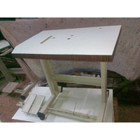 Feed Off Arm Stand, Table