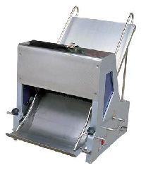 Bread Slicing Machine