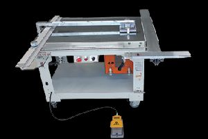 ACRYLIC PANEL CUTTING MACHINE