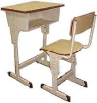 School Desk & Chair (cw00103)