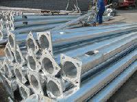 polygonal poles Galvanized