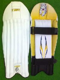 Wicket Keeping Legguards (V Key-1000)