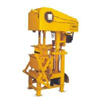 Hydraulic Concrete Block Making Machine.