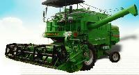 Combine Harvesting Machine