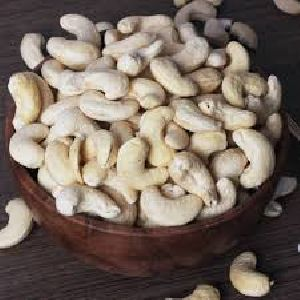 Bold Cashew Nuts Grade W240