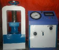 Compression Testing Machine With Gauge Channel Model