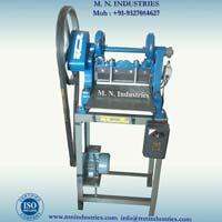 Semi Automatic Cloth Cutting Machines