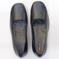 Mansi Ladies Safety Shoes