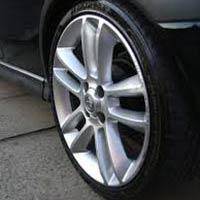 Car Tyre Shiner
