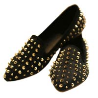 Fabulous Round Toe Spikes Decoration Loafers For Women