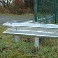 Crash Barrier / Guard Rail