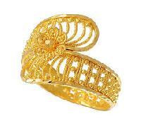 Ladies Gold Jewelery