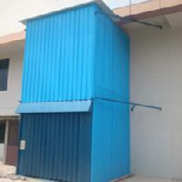 Outdoor Hydraulic Goods Lift